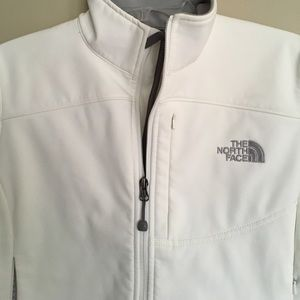 White North Face Apex jacket
