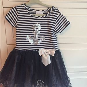iris & ivy Other - Adorable 2T dress
