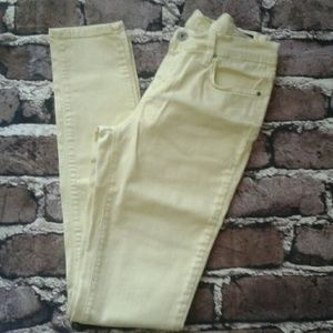 Angry Rabbit Denim - Angry Rabbit Pale yellow skinny jeans sz 28