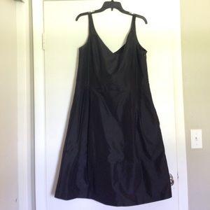 Anne Taylor - Bridesmaid Dress - Black - Size 16