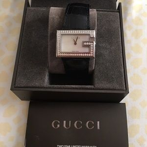 Authentic Gucci Alligator Diamond Watch