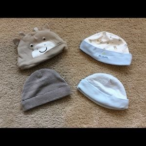 Carter's Other - Bundle baby hats.