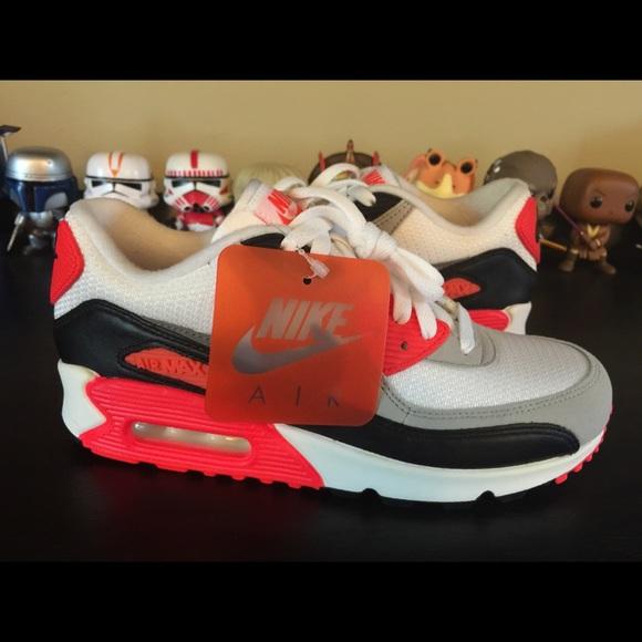 Women's Nike Air max 90 infrared size 7.5 NWOB NWT