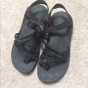 Chaco Shoes - Women's Black Chacos Size 9