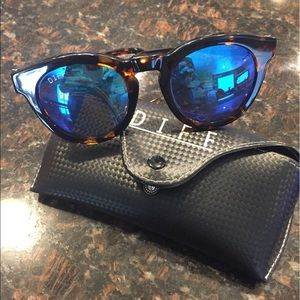 Diff Eyewear Accessories - NWOT Diff Dime II's - Polarized