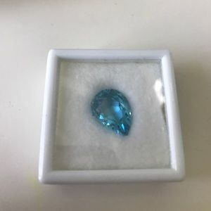 Jewelry - NWT 11.5 k Blue Topaz Pear shaped Stone