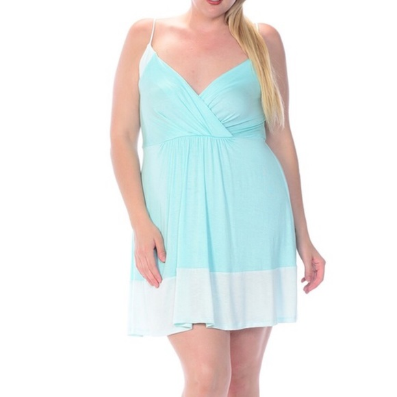 (1X & 2X) Plus Size Mint Color Block Dress Boutique