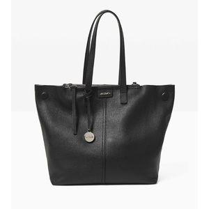 Max & Co. Handbags - Black leather tote