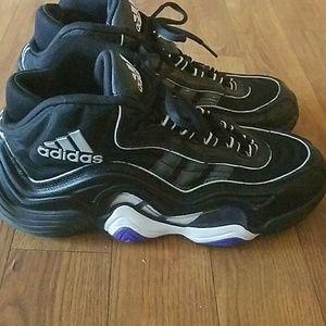 3b5f02e53ff adidas Shoes - Adidas Kobe Crazy 2