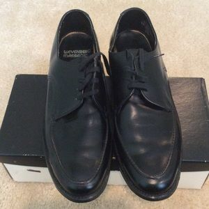 Other - Black leather shoes