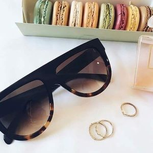 Celine Accessories - NEW | TWO TONE | OVERSIZED | GLOSSY SUNNIES 😎