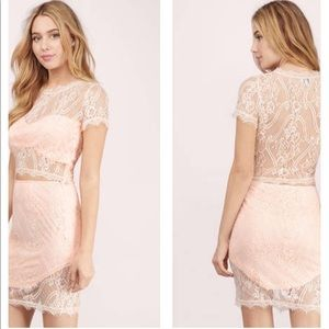 Tobi Other - NWT Tobi 2 Piece Peach Lace Outfit