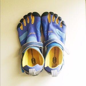 Vibram Shoes - 💙 Blue & Gold ✨ Vibram FiveFingers 41 Women's 9.5