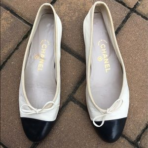 Chanel leather flats!