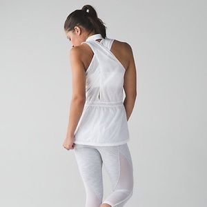 Lululemon Run With the Sun Vest white NWT