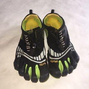 Vibram Shoes - Vibram Fivefingers Komodo Sport LS