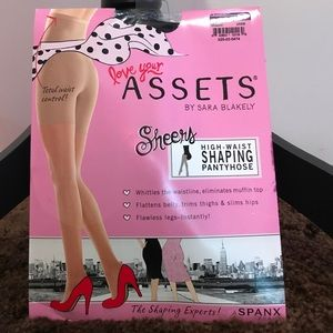 ASSETS by Sara Blakely Other - High waist shaping pantyhose