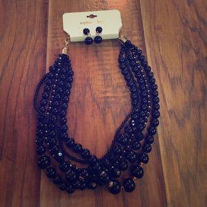 sophia & kate Jewelry - Black beaded statement necklace