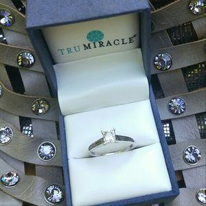 🎉HP🎉10K GOLD PRINCESS DIAMOND ENGAGEMENT RING