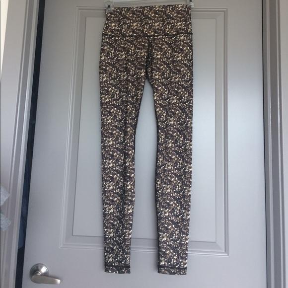 Lululemon pants size 4 Luon or luxtreme fabric