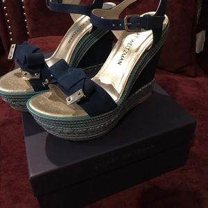 Stuart Weizmann blue bow wedge sandals