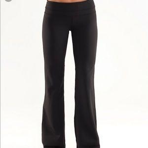 Lululemon Black Groove Pant