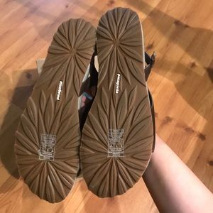 862472ba030 Patagonia Shoes - FINAL PRICE NWT Patagonia poly knotty sandals