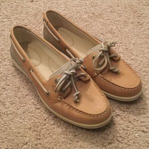 Sperry Top-Sider Shoes - NWOT Sperrys, size 6