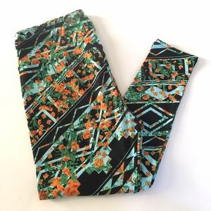 Lularoe Floral TC Leggings NWOT
