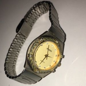 Gucci Accessories - Vintage Gucci watch
