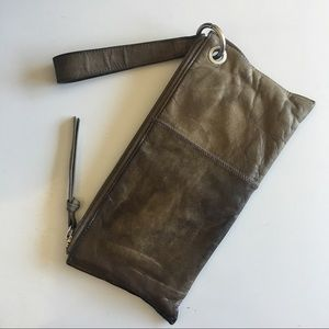 HOBO Handbags - Hobo vida wristlet