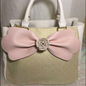 Betsey Johnson Handbags - 🎈Just In🎈Betsey Johnson handbag