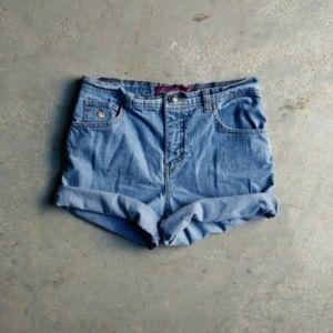Gloria Vanderbilt Pants - Stock-Up On Shorts!