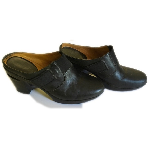 4ce65c80ed79 Cole Haan Shoes - Cole Haan Nike Air Clogs
