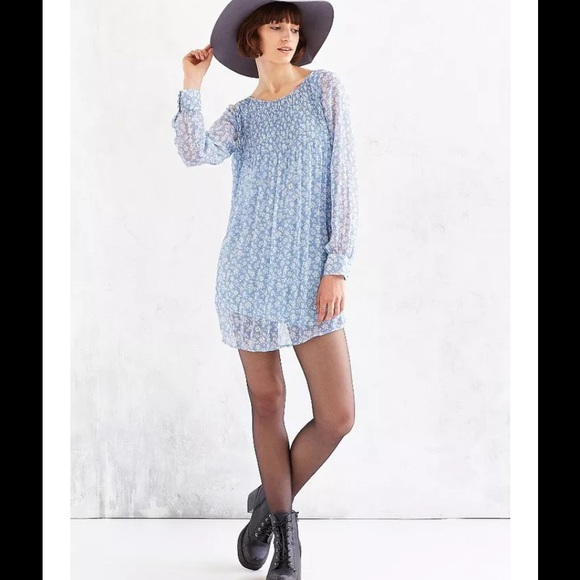 986ab5784501 Urban Outfitters Dresses | Uo Kimchi Chiffon Pintuck Floral Swing ...