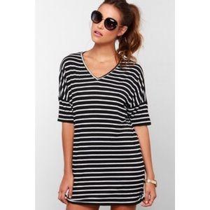 Lulu's Dresses & Skirts - Lulu's Black and White Striped T-shirt Dress