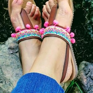 Cielito Lindo Shoes - New Boho Ethnic Tribal Sandals Brown & Colorful