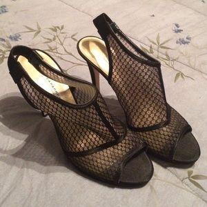 Caparros Shoes - Black caparros pumps