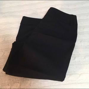 No Boundaries Black Capri Pants