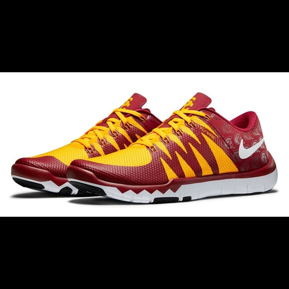 sports shoes 9ca5f a2660 Select Size to Continue. M 592928405a49d035e40236ed