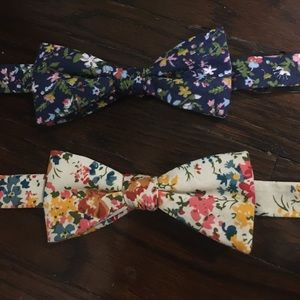 Original Penguin Other - Lot of two floral penguin adjustable bow ties