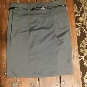 Soulmates Dresses & Skirts - Grey pencil skirt with belt size 9