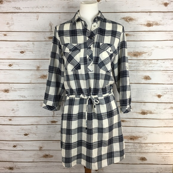 53 off zara dresses skirts nwot zara gathered waist plaid shirt dress from lisa 39 s closet. Black Bedroom Furniture Sets. Home Design Ideas