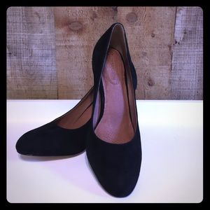 Corso Como Shoes - ✨Memorial Sale ✨Corso Como Black Suede Heels