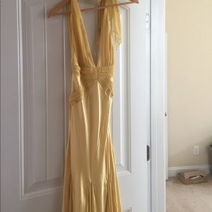 Dresses & Skirts - Prom / formal elegant silk gown