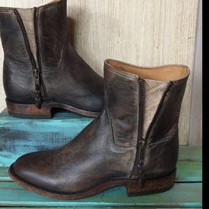 Anthropologie Lucchese brown Distress Gator Boot