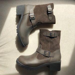 Eastland Shoes - Eastland Women's Boots!