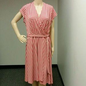 Leota Dresses & Skirts - Leota Rasberry wrap dress gingham