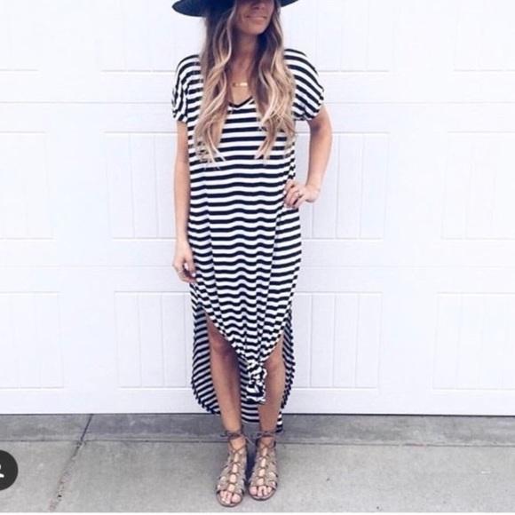 Dresses & Skirts - Sold Oversized loose fit slit maxi dress S-XL