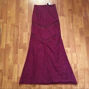 WINDSOR Dresses & Skirts - Windsor Lace Maxi Skirt - NWT